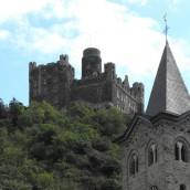 Sehenswürdigkeiten Burg Maus und die Katholische Kirche Sankt Martin